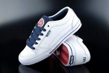 Globe Sneaker TB White Navy Dark Red